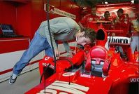 Rossi checks out the Ferrari F1 car
